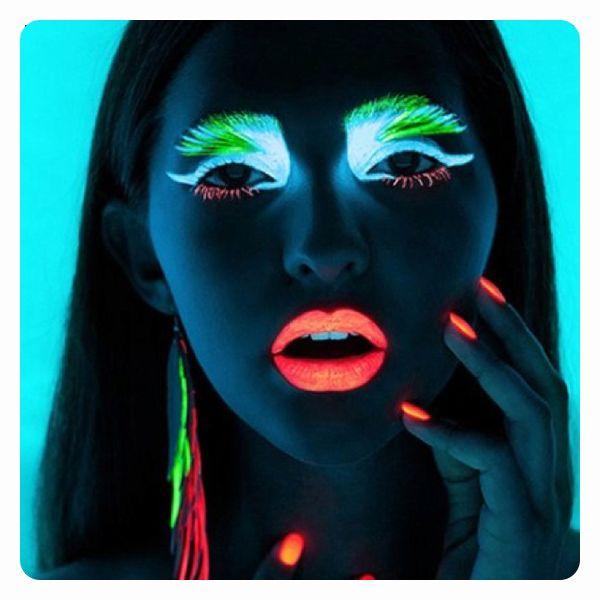 rossetto fluorescente rossetto fluo mascara fluorescente. Black Bedroom Furniture Sets. Home Design Ideas